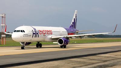 A picture of BLEG - Airbus A321231 - Hong Kong Express - © photogiap
