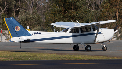VH-YGW - Cessna 172R Skyhawk II - Singapore Flying College