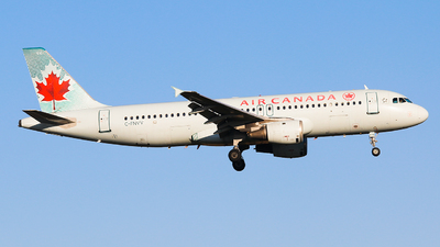 A picture of CFNVV - Airbus A320211 - Air Canada - © Lingxiao Yang