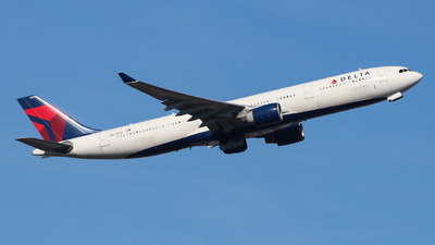 A picture of N821NW - Airbus A330323 - Delta Air Lines - © Yalcin Bayraktar