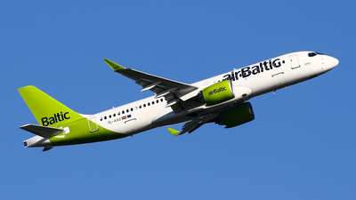 YL-AAZ - Airbus A220-371 - Air Baltic