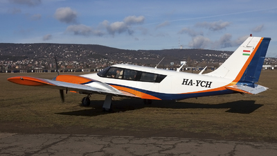HA-YCH - Piper PA-34-200 Seneca - Fly-Coop