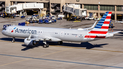 A picture of N410AN - Airbus A321253NX - American Airlines - © Centex Spotter