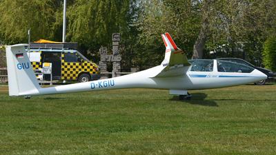 A picture of DKGIU - DG Flugzeugbau DG1000T - [10100T31] - © Volker Hilpert
