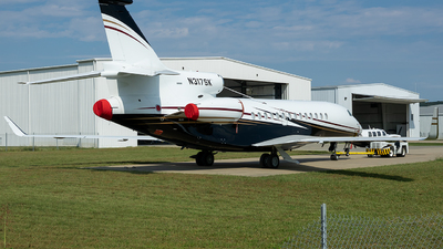 A picture of N317SK - Dassault Falcon 7X - [82] - © Stephen J Stein