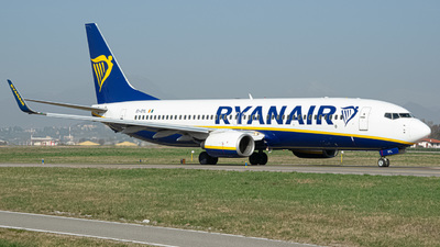 A picture of EIDYL - Boeing 7378AS - Ryanair - © Fabio Pozzessere
