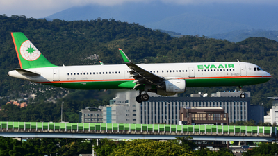 B-16211 - Airbus A321-211 - Eva Air