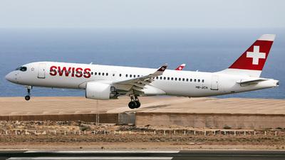 A picture of HBJCR - Airbus A220300 - Swiss - © Román A. Pérez