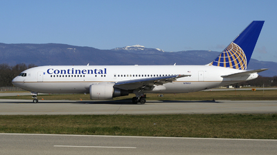 N76151 - Boeing 767-224(ER) - Continental Airlines