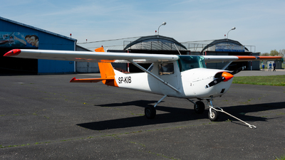 SP-KIB - Reims-Cessna F150J - Private