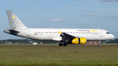 EC-LRE - Airbus A320-232 - Vueling Airlines