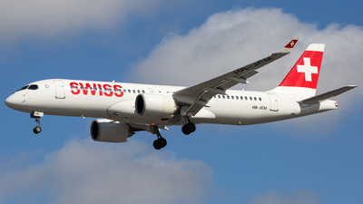 A picture of HBJCM - Airbus A220300 - Swiss - © Piotr Persona
