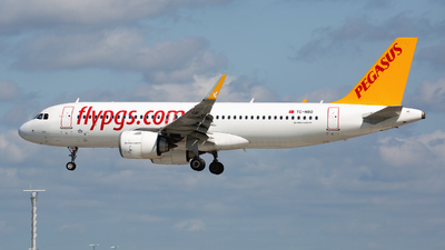 A picture of TCNBO - Airbus A320251N - Pegasus Airlines - © Peter Baldwin