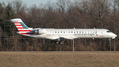 A picture of N531EG - Mitsubishi CRJ702ER - American Airlines - © Erik Goodfellow