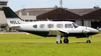 N5LL - Piper PA-31-310 Navajo C - Private