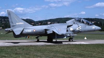 MM55033 - McDonnell Douglas TAV-8B Harrier II - Italy - Navy