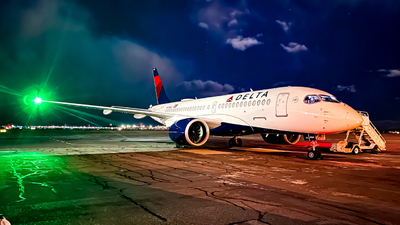 A picture of N124DU - Airbus A220100 - Delta Air Lines - © placematt22