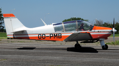 OO-PMB - Robin DR400/180R Remorqueur - Private