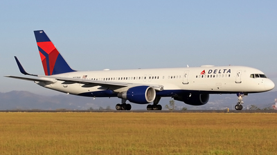 A picture of N551NW - Boeing 757251 - Delta Air Lines - © Denis Gonzalez - Costa Rica Spotter