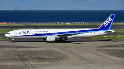 JA754A - Boeing 777-381 - All Nippon Airways (ANA)