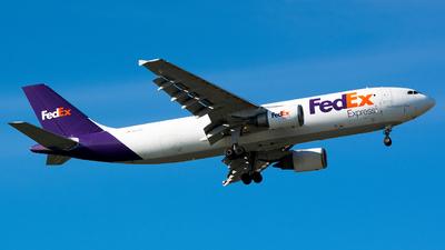 A picture of N667FE - Airbus A300F4605R - FedEx - © John Newsome