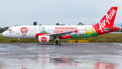 A picture of 9MAJW - Airbus A320216 - AirAsia - © JC28