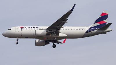 PR-TYM - Airbus A320-214 - LATAM Airlines