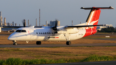 VH-TQH - Bombardier Dash 8-Q315 - QantasLink