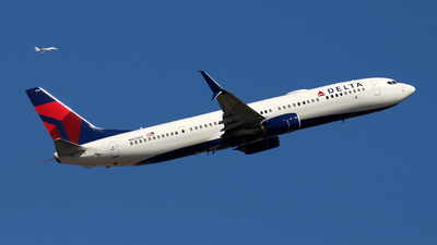 A picture of N922DZ - Boeing 737932(ER) - Delta Air Lines - © Huy Do