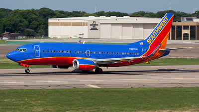 N353SW - Boeing 737-3H4 - Southwest Airlines