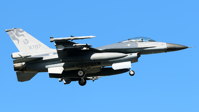 6707 - General Dynamics F-16A Fighting Falcon - Taiwan - Air Force