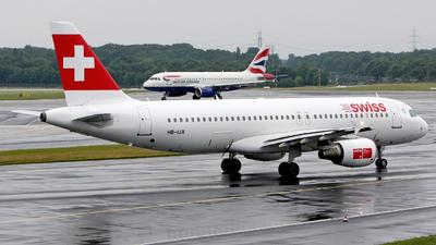 HB-IJX - Airbus A320-214 - Swiss