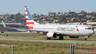 N981NN - Boeing 737-823 - American Airlines