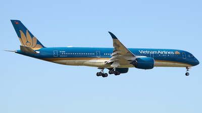 A picture of VNA890 - Airbus A350941 - Vietnam Airlines - © Bjoern Huke