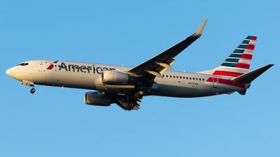 N979AN - Boeing 737-823 - American Airlines