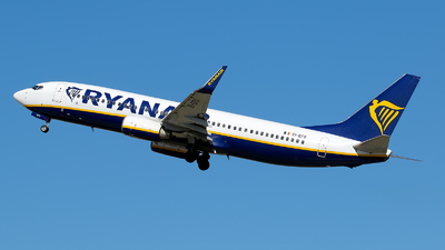 A picture of EIEFO - Boeing 7378AS - Ryanair - © Christopher Ebejer