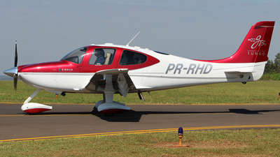 PR-RHD - Cirrus SR22-GTSx G3 Turbo - Private