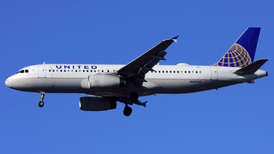 N407UA - Airbus A320-232 - United Airlines