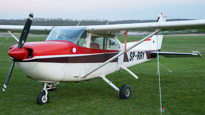 SP-RRY - Cessna 172H Skyhawk - Private