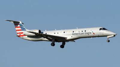 N822AE - Embraer ERJ-140LR - American Eagle (Envoy Air)