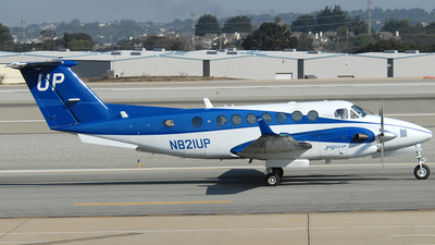 N821UP - Beechcraft B300 King Air 350i - Wheels Up