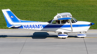 N666MT - Reims-Cessna F172M Skyhawk - Private