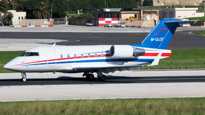 M-OLOT - Bombardier CL-600-2B16 Challenger 604 - Private