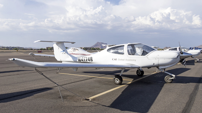 N4174B - Diamond DA-40 Diamond Star - CAE Oxford Aviation Academy