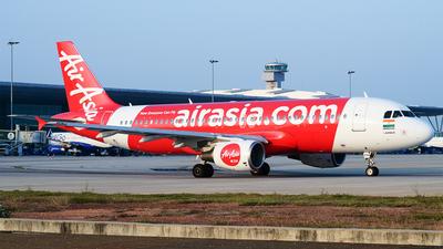 VT-PNQ - Airbus A320-216 - AirAsia India