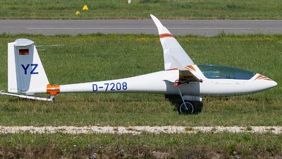 A picture of D7208 - Discus 2c - [] - © Maik Voigt