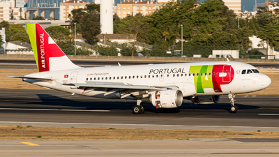 A picture of CSTTL - Airbus A319111 - TAP Air Portugal - © Aaron Vancoillie