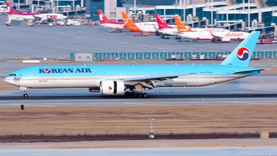 HL8346 - Boeing 777-300ER - Korean Air