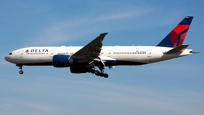 N709DN - Boeing 777-232LR - Delta Air Lines
