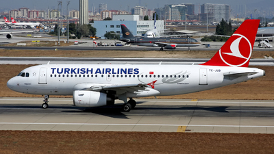 TC-JUB - Airbus A319-132 - Turkish Airlines